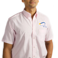Men's short sleeved shirt with embroidered corporate logo